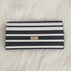 ♠️kate spade PIM Putnam Black/White Leather Wallet
